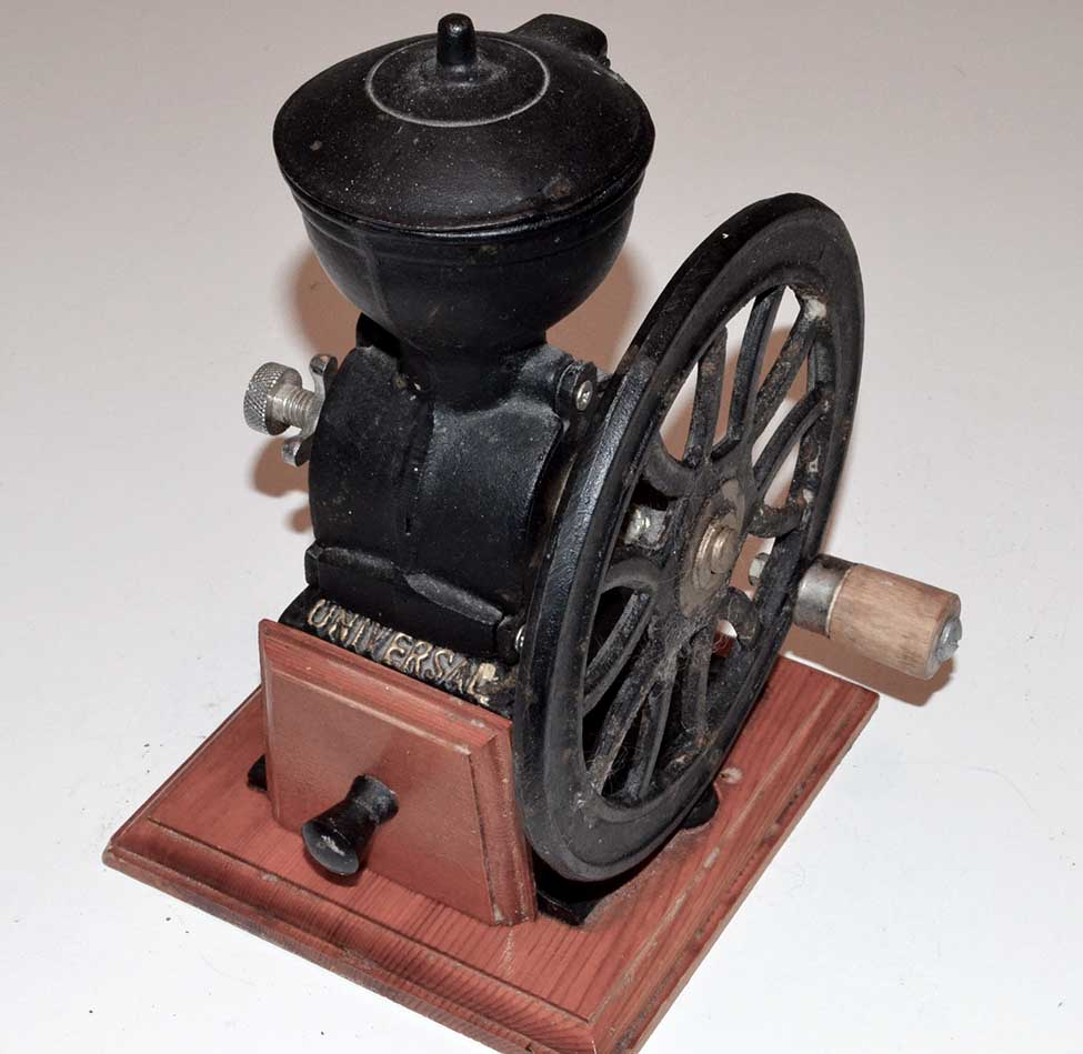 Antique universal cast iron coffee grinder ebay for Cast iron coffee