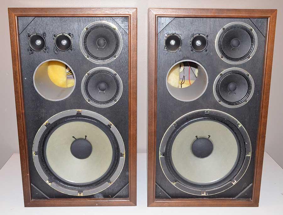 vintage sansui sp 200 speakers 3 way 5 speaker bass reflex. Black Bedroom Furniture Sets. Home Design Ideas