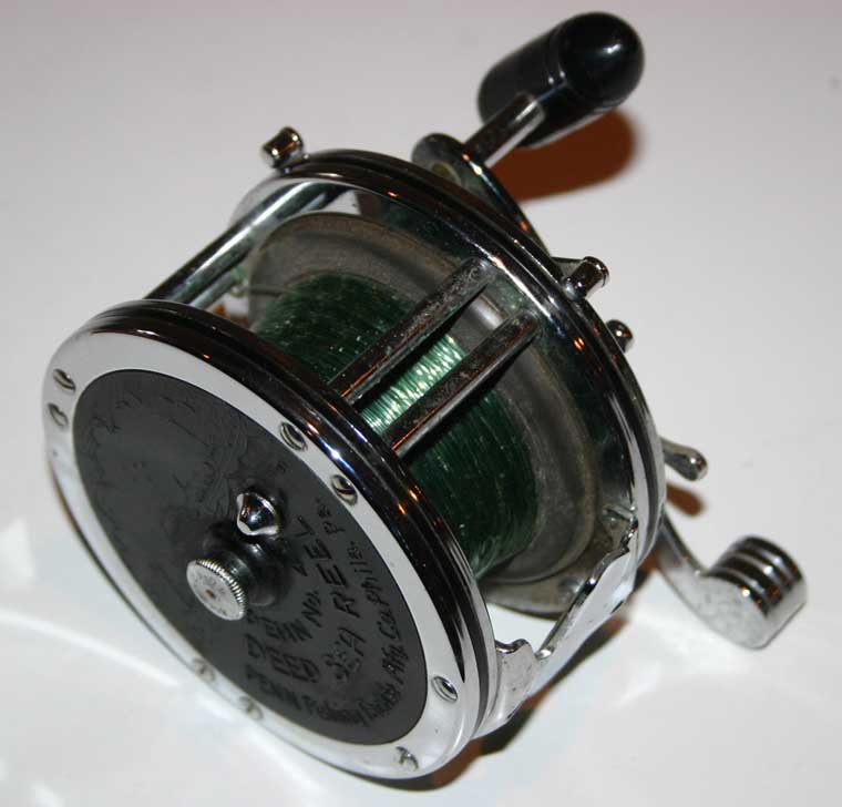 Vintage penn usa no 49 deep sea fishing reel with line ebay for Penn deep sea fishing reels